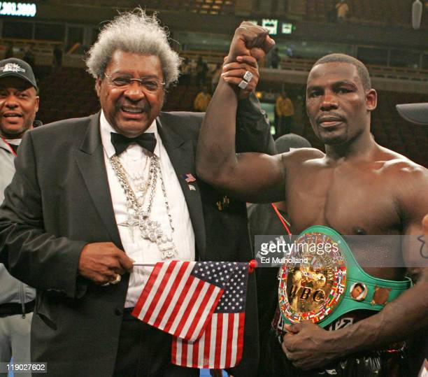 Hasim Rahman poses with promoter Don King after his 12 round Interim WBC Heavyweight Title bout against Monte Barrett at the United Center in Chicago...