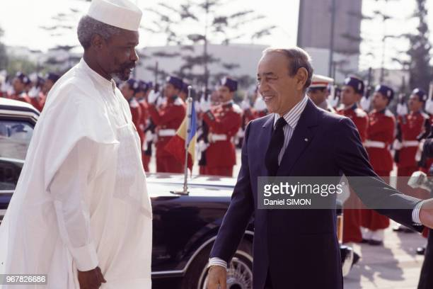 Hassan II et le président tchadien Hissène Habré lors du sommet franco-africain à Casablanca le 15 décembre 1988, Maroc.