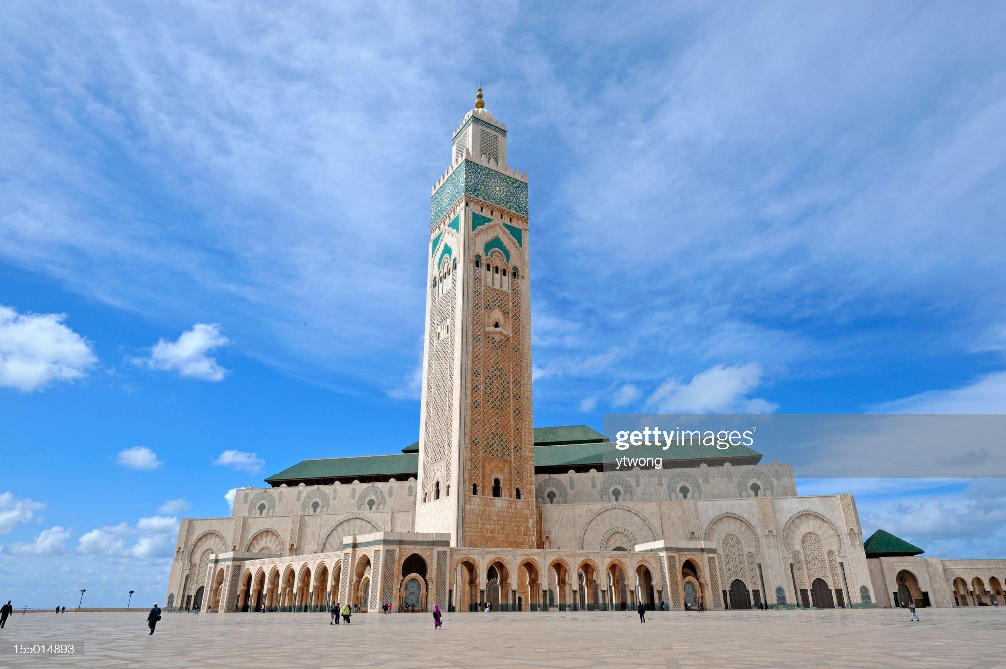 La mezquita de Hassan II en Casablanca, el emblemático : Foto de stock