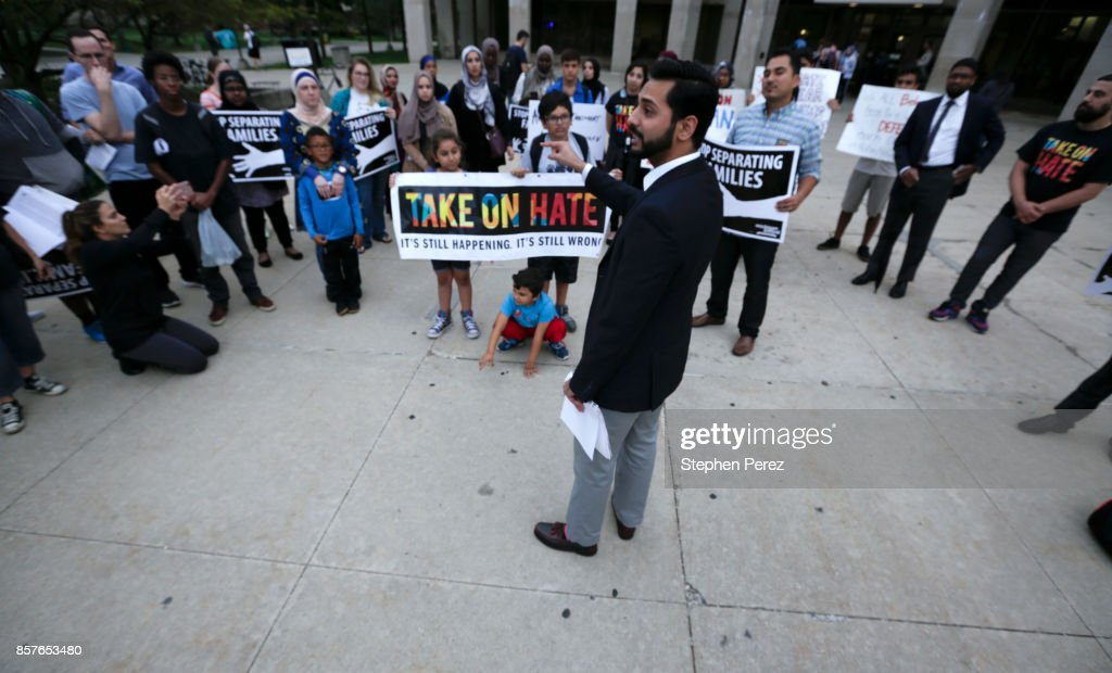 Activists Demonstrate Against Latest Version Of Trump Administration's Travel Ban : News Photo
