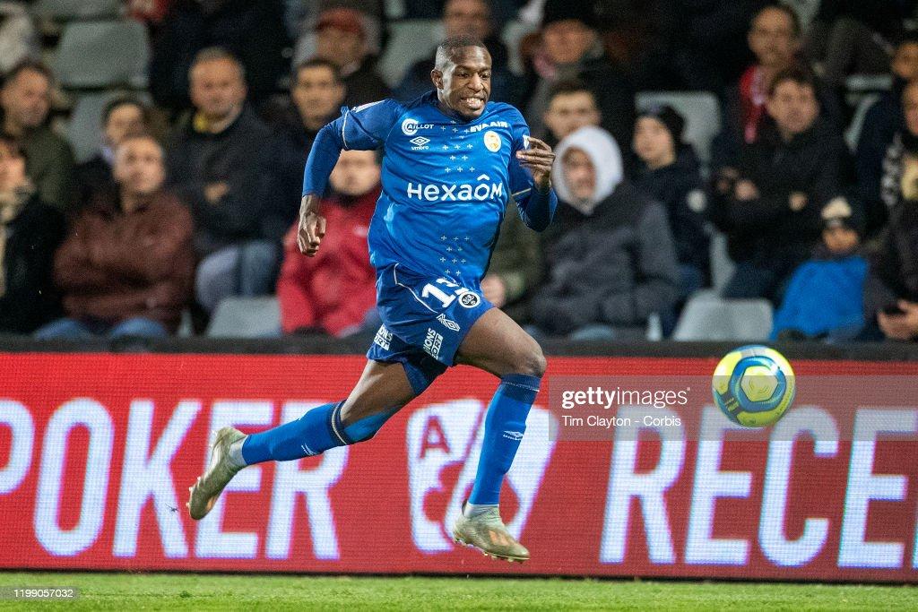 Nimes Olympique V Stade de Reims : News Photo