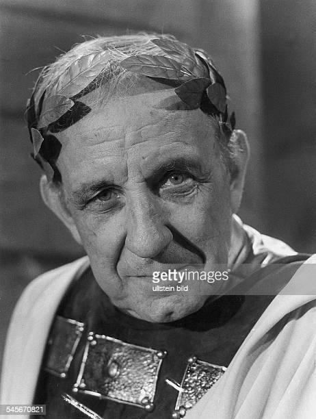 Hasse OE *Schauspieler D als Caesar in dem Fernsehfilm Caesar und Cleopatra von George Bernard Shaw 1973