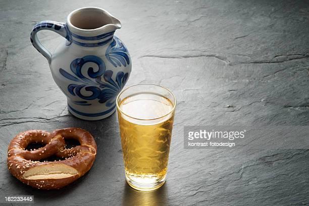 Hassian Cider und Krug, Bembel, Aeppelwoi, Aeppler, Apfelwein