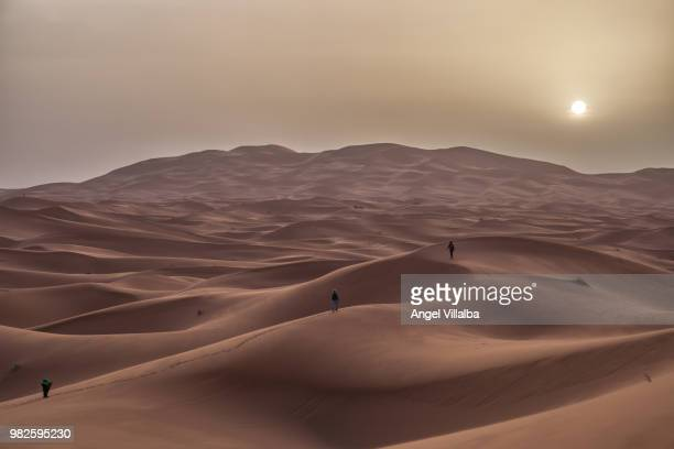 hassilabied - merzouga stock pictures, royalty-free photos & images