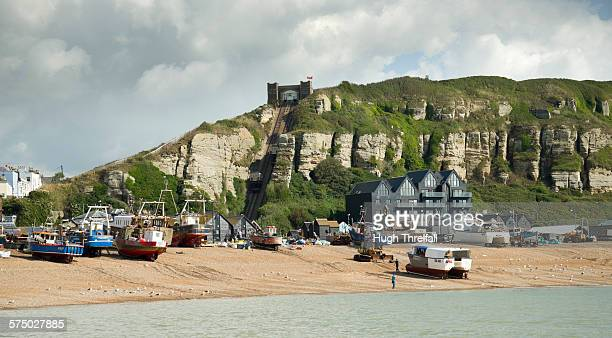 hastings old town and funicular - hugh hastings stock pictures, royalty-free photos & images