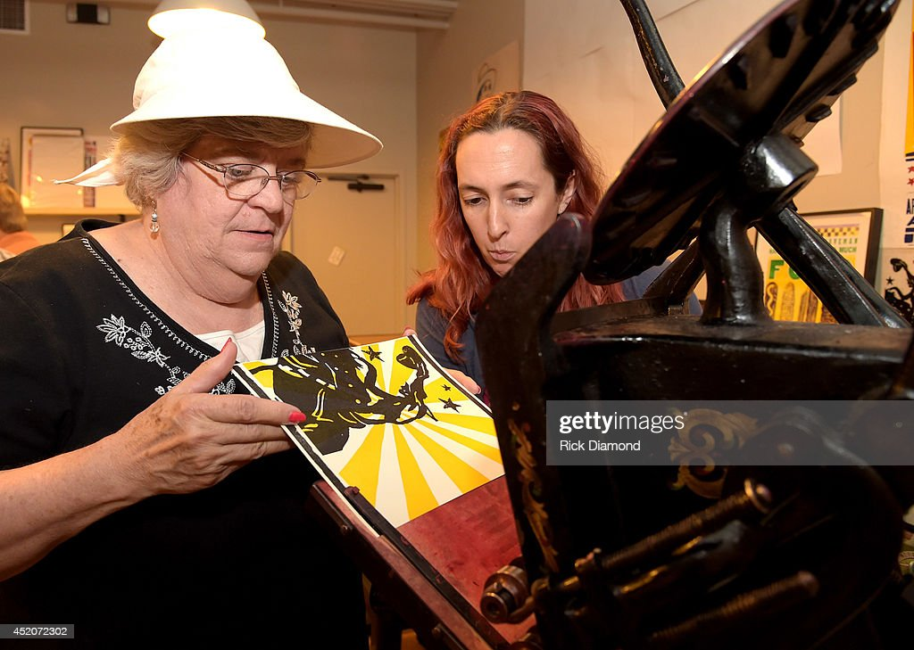 Hatch Show Print Tour At Country Music Hall Of Fame : News Photo