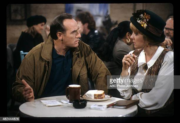 COACH I Hate Barbara Airdate November 23 1991 GARLINGTON