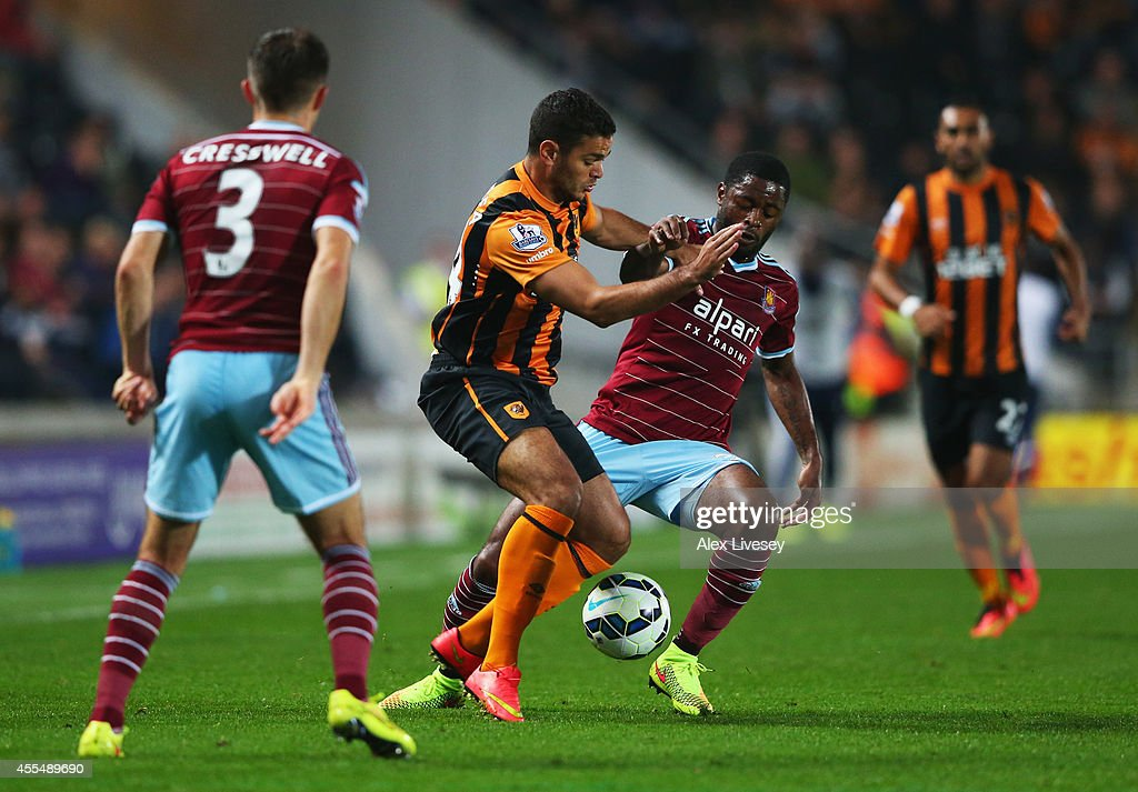 Hull City v West Ham United - Premier League : News Photo