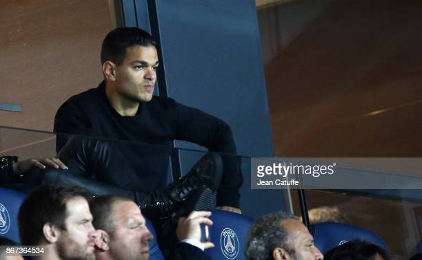 Hatem Ben Arfa of PSG attends the French Ligue 1 match between Paris SaintGermain and OGC Nice at Parc des Princes stadium on October 27 2017 in...