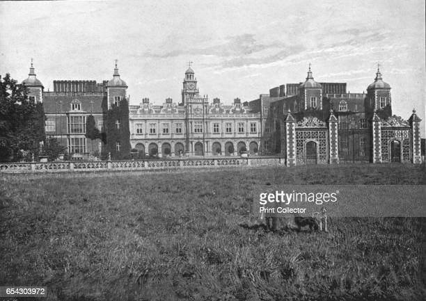 Hatfield House South front c1900 Hatfield House is a Jacobean country house set in the Great Park on the eastern side of the town of Hatfield...