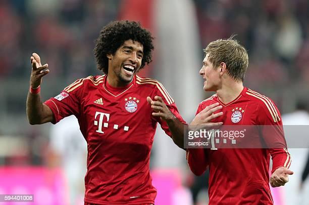 Hatte gut Lachen Dante FC Bayern München und Toni KROOS FC Bayern München 1 Bundesliga Fussball FC Bayern München Hannover 96 50 Saison 2012 / 2013