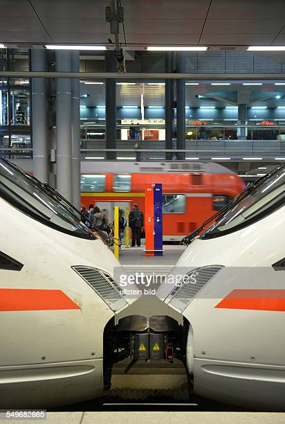 ICE Hauptbahnhof Berlin