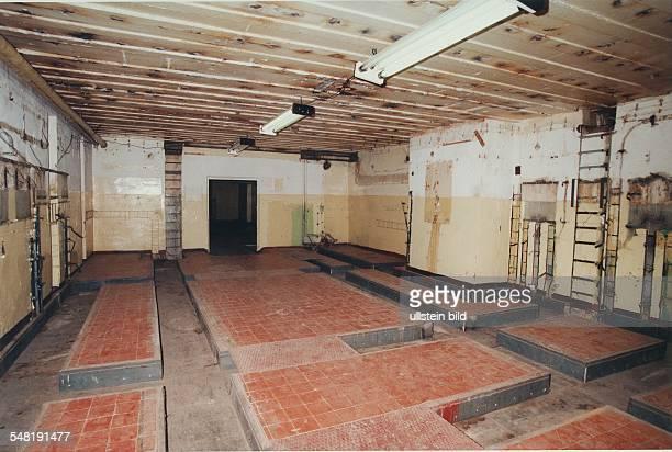 Hauptquartier der russischen Streitkräfte in Wünsdorf Ehemaliger Kommandoraum der unterirdischen Bunkeranlage Zeppelin nach der Demontage kurz vor...