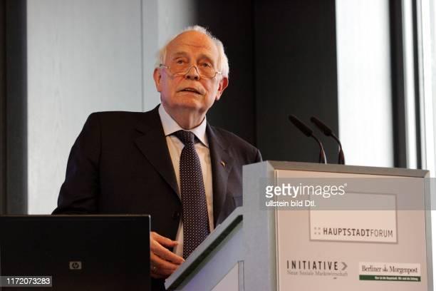 Hauptstadtforum Berliner Morgenpost - Europa auf dem Weg zur Schuldenfalle - gefährdet die Finanzkrise den Zusammenhalt Europas? Dr. Thilo Sarrazin...