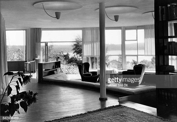 'Haus Baensch' , Weinmeisterhöhe in Berlin-Spandau: living room with view of the garden and Havel river- architect: Professor Hans Scharoun -...