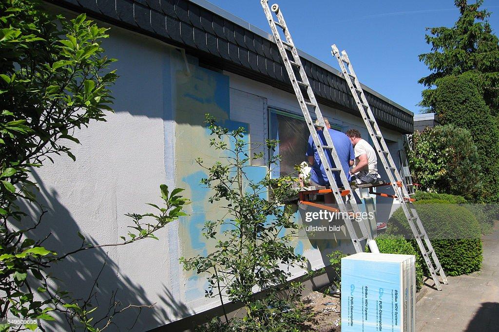 Wärmedämmung Beim Hausbau hausbau wärmedämmung. ein älteres flachdachhaus in hannover wird mit