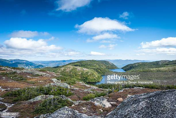 hautes-gorges-de-la-rivière-malbaie national park - unesco stock-fotos und bilder