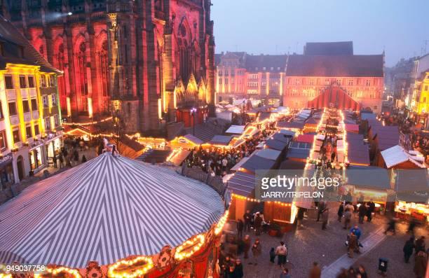 Mulhouse, Christmas market. Haut-Rhin: Mulhouse, marché de Noël.
