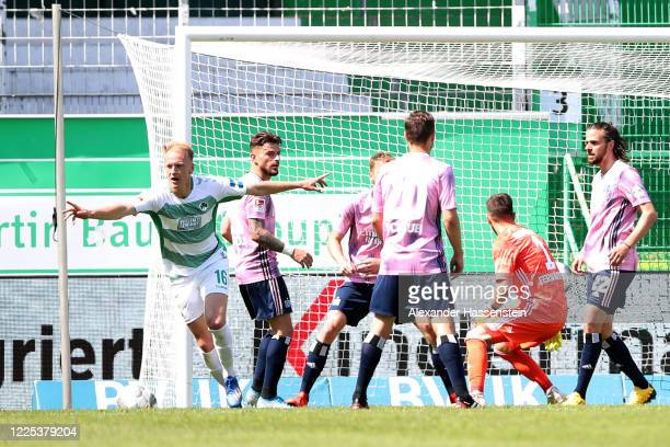 Havard Nielsen of Greuther Fürth celebrates his team's second goal in injury time during the Second Bundesliga match between SpVgg Greuther Fürth and...