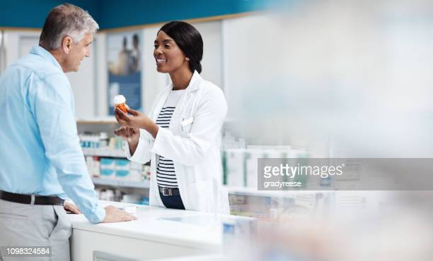 i have just the product! - pharmacy stock pictures, royalty-free photos & images