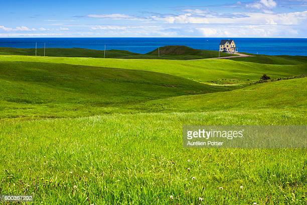 Havre-aux-Maisons, The house between grassy hills