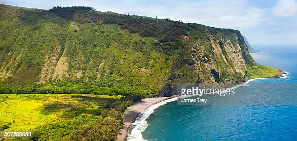 Hawaii Amazing Waipio Valley and Pristine Beach