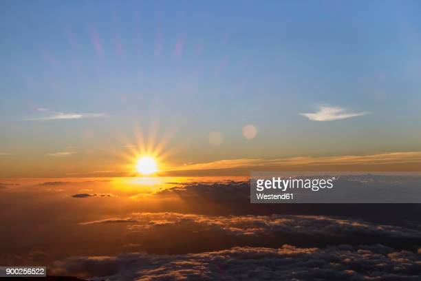usa, hawaii, big island, haleakala national park, sunset - suns stock photos and pictures