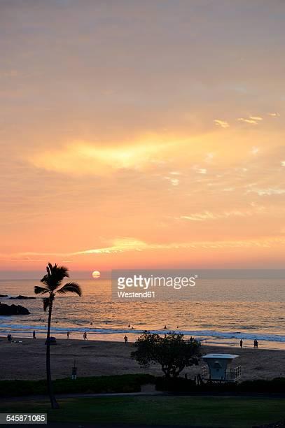 usa, hawaii, big island, hapuna beach, sunset at kohala coast - hapuna beach stock photos and pictures