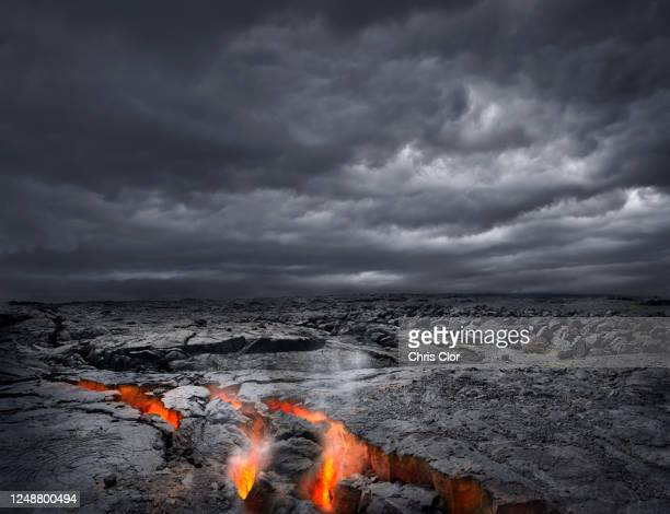 usa, hawaii, lava in volcanic rock - media_in_honolulu,_hawaii stock pictures, royalty-free photos & images