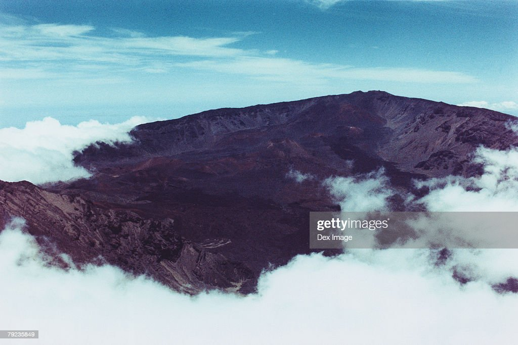 USA, Hawaii, Maui, clouds shrouding Haleakala Peak : Stock Photo