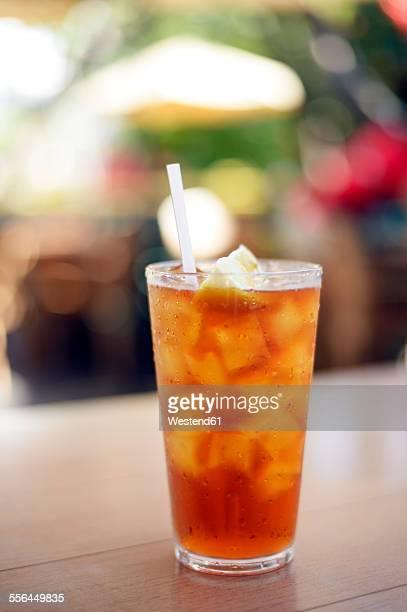 USA, Hawaii, Maui, iced tea with lemon
