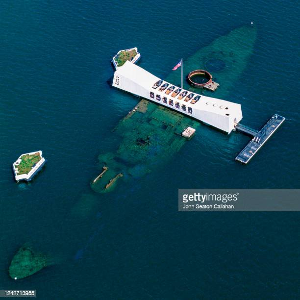usa, hawaii, uss arizona memorial - pearl harbor attack stock pictures, royalty-free photos & images