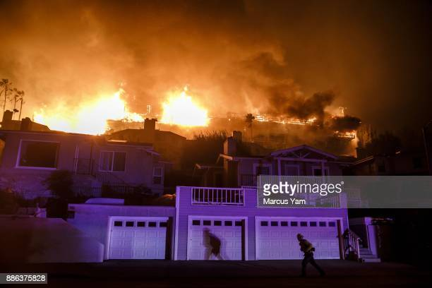 Hawaiian Gardens apartment complex on fire as brush fires move quickly with Santa Ana winds on December 5 2017 in Ventura California