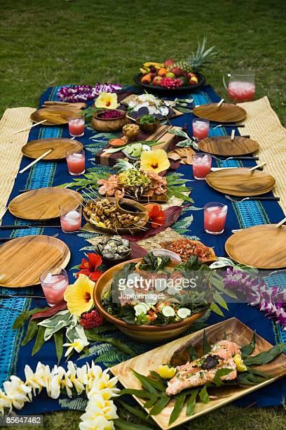 Hawaiian table setting