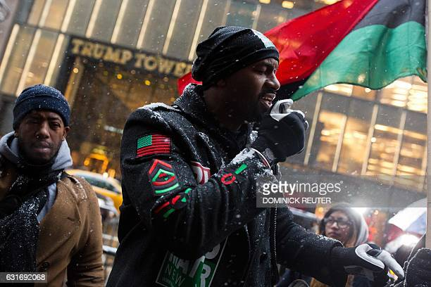 Hawk Newsome a Black Lives Matter activist leads a protest outside Trump Tower in New York City on January 14 2017 / AFP / DOMINICK REUTER