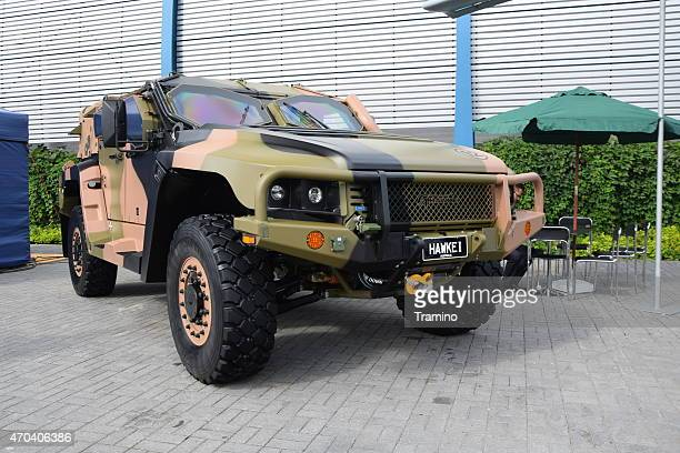 hawkei on the defence industry show - army stock pictures, royalty-free photos & images