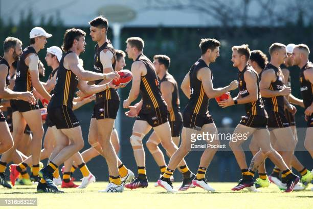 Hawks players in action uring a Hawthorn Hawks AFL training session at Waverley Park on May 06, 2021 in Melbourne, Australia.