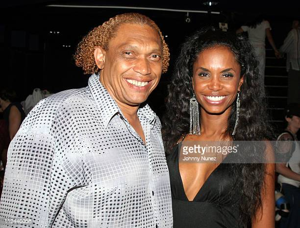 hawthorne james and kim porter during behind the scenes of the movie the system within