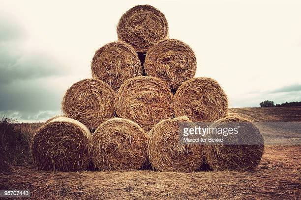 Hay bales tiangle