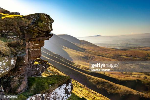 hay bluff to twmpa in the black mountains, brecon beacons national park, wales. - wales stockfoto's en -beelden