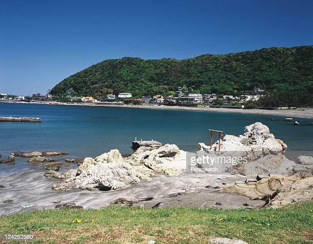 hayama beach, shonan, kanagawa prefecture, japan, front view, pan focus - präfektur kanagawa stock-fotos und bilder