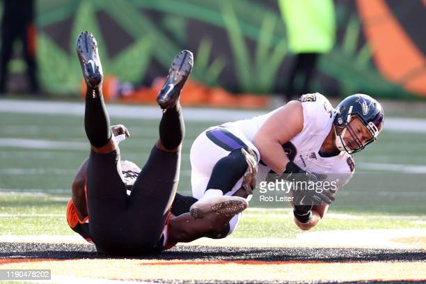Hayden Hurst of the Baltimore Ravens in action during the game against the Cincinnati Bengals at Paul Brown Stadium on November 10 2019 in Cincinnati...