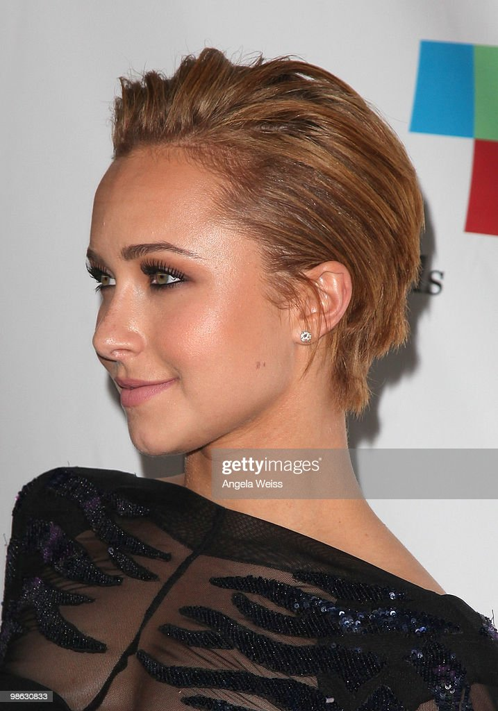 Hayden Panettiere attends the 'Global Home Tree' Earth Day VIP reception hosted by James Cameron at the JW Marriott Los Angeles at L.A. LIVE on April 22, 2010 in Los Angeles, California.