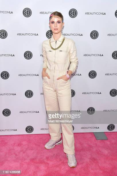 Hayley Williams attends Beautycon Los Angeles 2019 Pink Carpet at Los Angeles Convention Center on August 11, 2019 in Los Angeles, California.