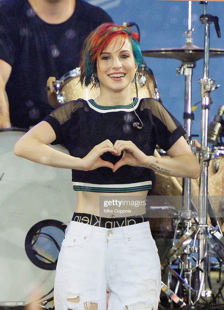 "Paramore Performs On ABC's ""Good Morning America"""