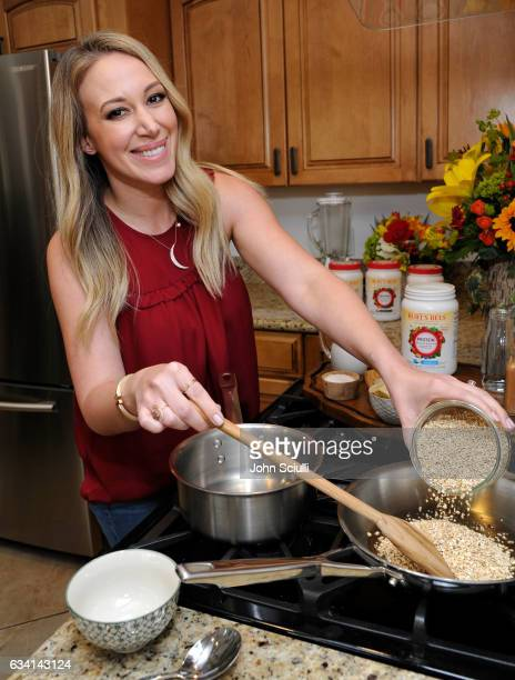 Haylie Duff makes her Banana Chai Steel Cut Oats to help introduce Burt's Bees Plant-Based Protein Shakes, the beauty brand's first foray into...