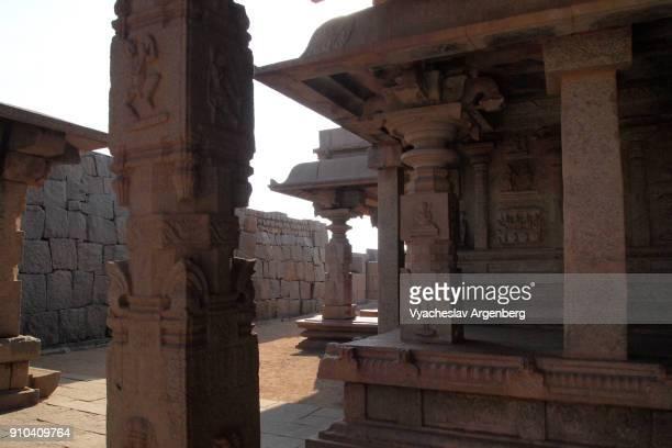 hazara rama temple, hampi, india - argenberg fotografías e imágenes de stock