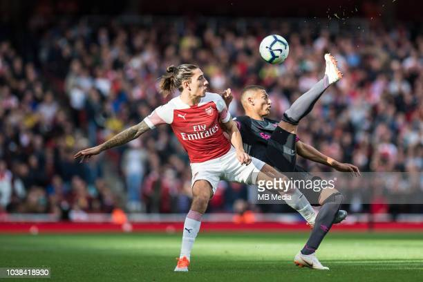 Héctor Bellerín of Arsenal and Richarlison of Everton during the Premier League match between Arsenal FC and Everton FC at Emirates Stadium on...