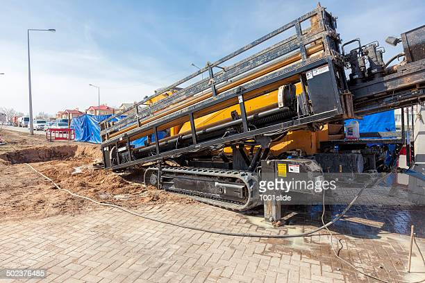 hdd-horizontal directional drilling operation - drill stock pictures, royalty-free photos & images