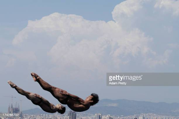 He Chong and Qin Kai of China compete in the Men's 3m Synchro Springboard Diving final on day four of the 15th FINA World Championships at Piscina...